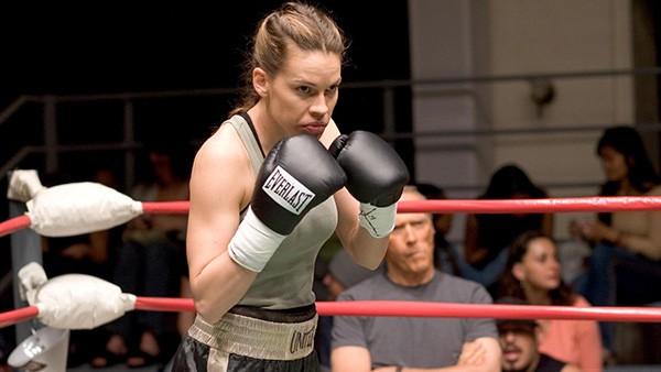 Hilary Swank em 'Menina de Ouro' (2004) (Foto: Divulgação)