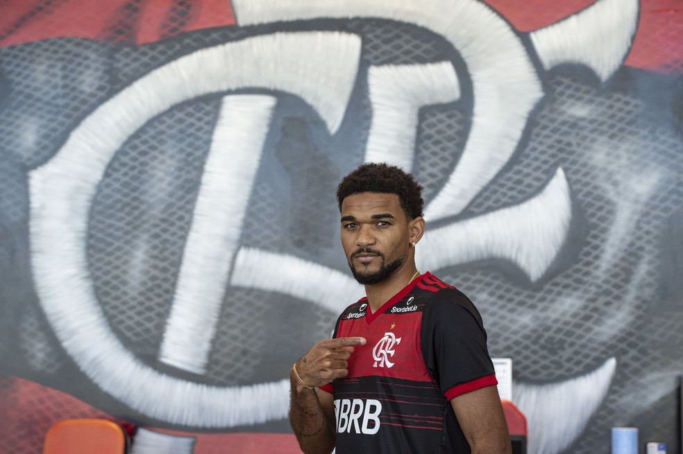 Com Bruno Viana, Flamengo divulga lista para iniciar o Carioca