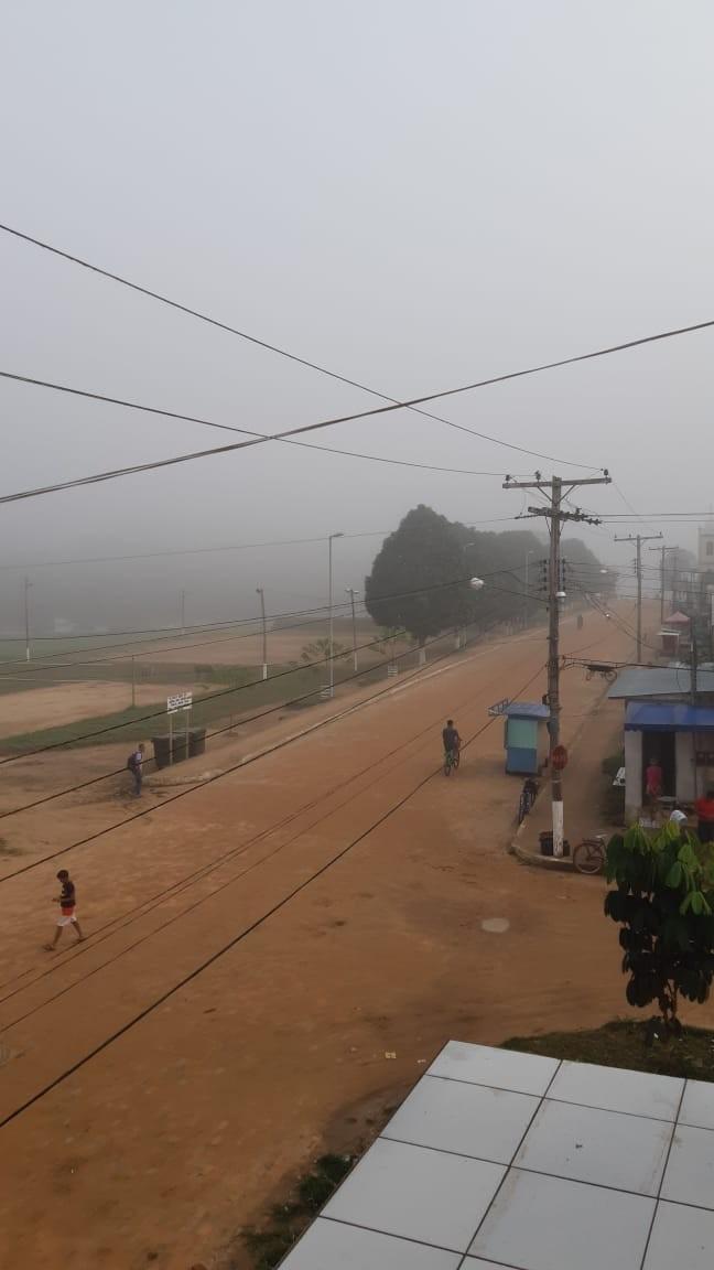 Fumaça dificulta decolagem de avião no interior do Acre: 'visibilidade muito ruim', diz piloto - Notícias - Plantão Diário