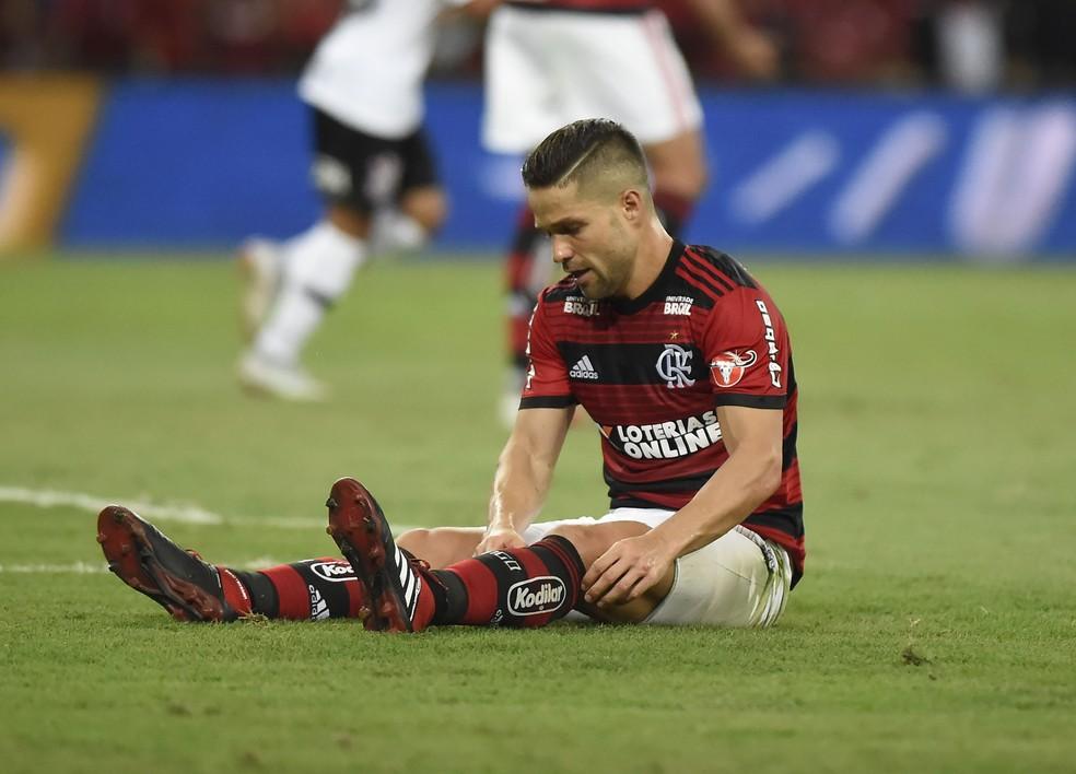 Diego em empate sem gols do Flamengo com o Corinthians — Foto: André Durão