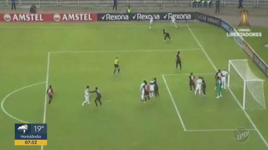Palmeiras vence Melgar e garante vaga nas oitavas