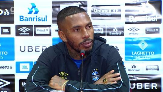 Paulo Miranda lamenta gol contra, mas comemora retorno ao Grêmio após quatro meses