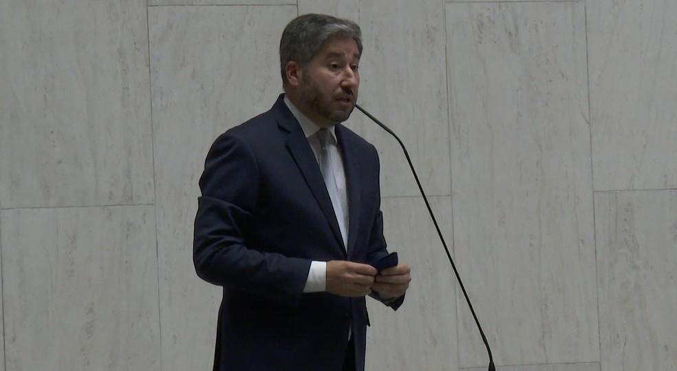 Deputado Fernando Cury (Cidadania) durante fala no plenário da Alesp — Foto: Reprodução/TV Globo