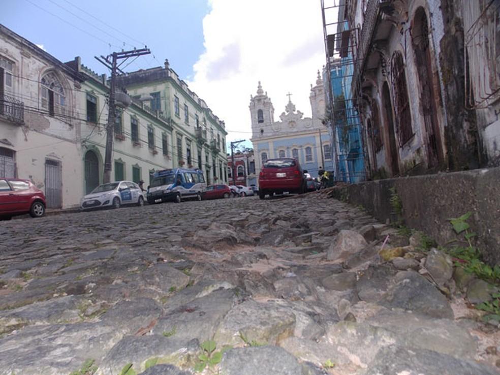 Mudanças ocorrem na região do Santo Antônio Além do Carmo (Foto: Henrique Mendes / G1)