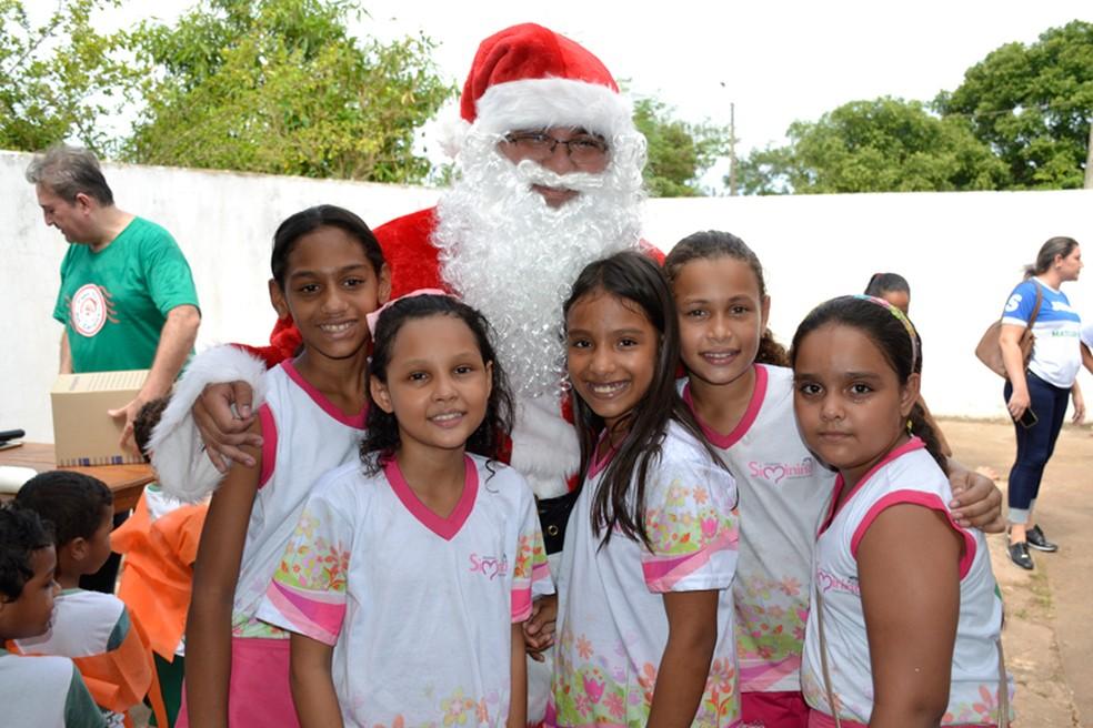 Em 2018 foram presenteadas 11.167 crianças por meio da campanha Cartinhas do Papai Noel dos Correios em MT — Foto: Correios