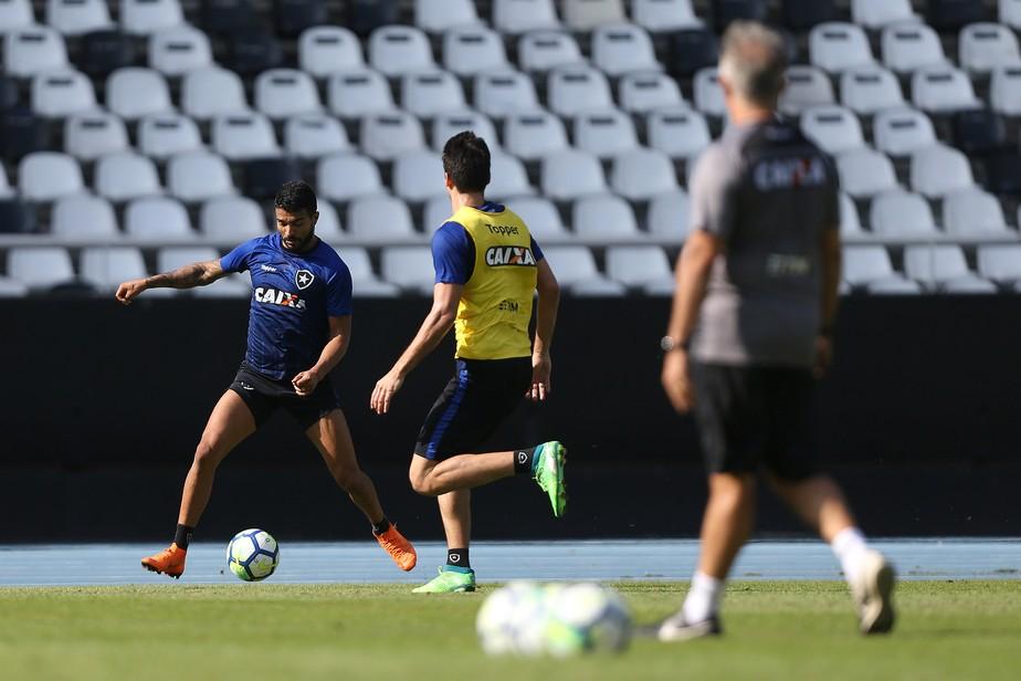 Primeiro ensaio: Botafogo fará jogo-treino com o Bangu antes da estreia de Paquetá