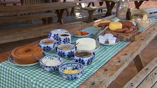 Produtores rurais reforçam renda com produção de queijos, geleias e artesanato
