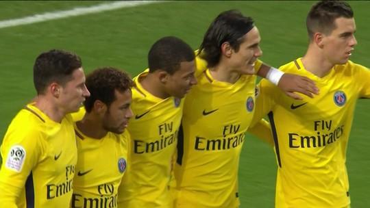 Neymar é eleito pela primeira vez o melhor jogador do mês no Campeonato Francês