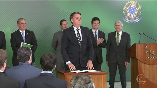 AGU envia parecer ao Supremo e defende decreto de Bolsonaro que facilitou posse de armas
