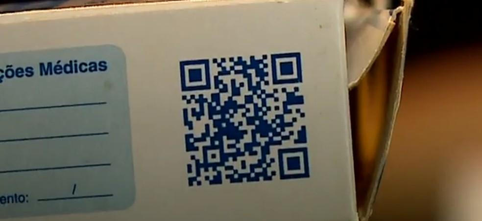 Proposta prevê que QR Code tenha audiodescrição da bula — Foto: NSC TV/Reprodução