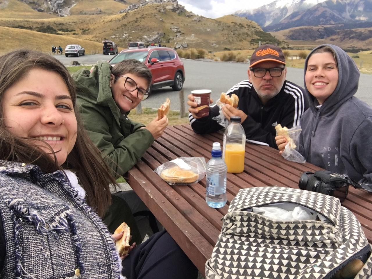 Família do RS em férias na Nova Zelândia tem dificuldades para retornar ao Brasil devido a pandemia