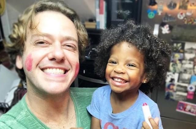 Pablo Sanábio e a filha, Manuela (Foto: Reprodução Instagram)