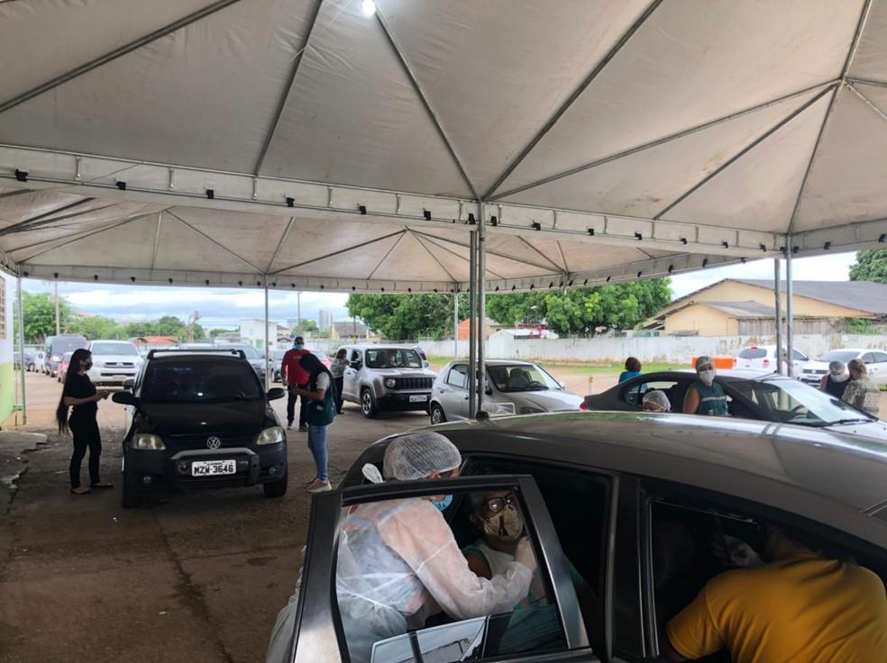 Rio Branco suspendeu vacinação de idosos ao zerar estoque — Foto: Ana Paula Xavier/Rede Amazônica