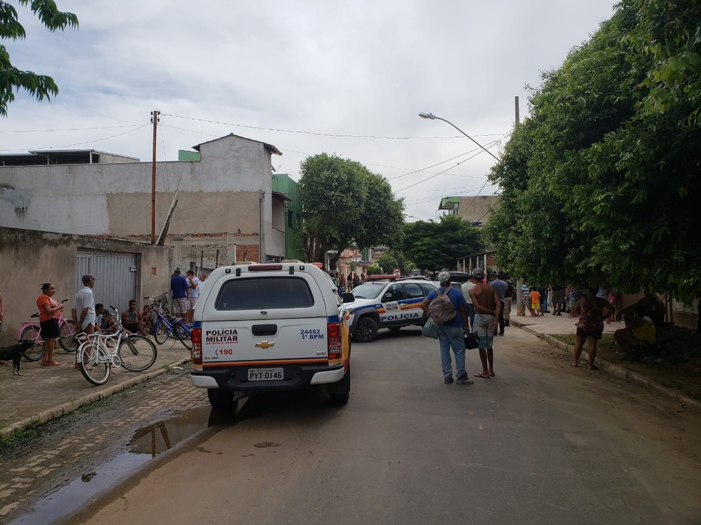 Crime ocorreu no Bairro Vila dos Montes — Foto: Caio Mourão/G1