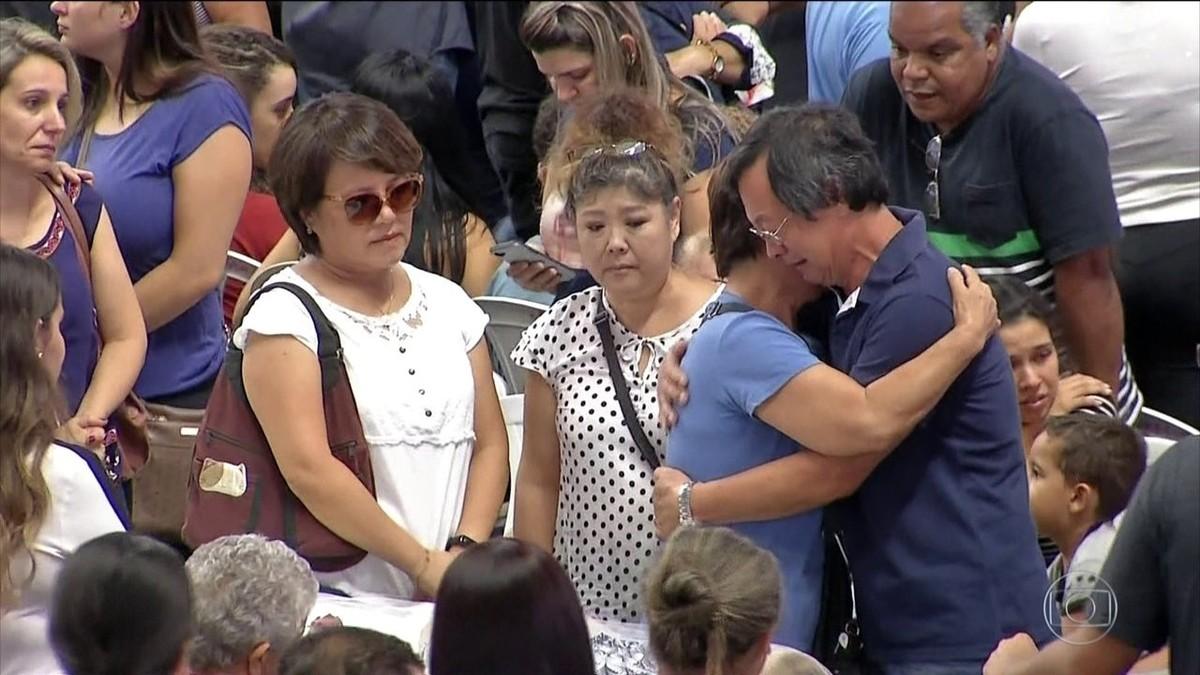 Suzano Massacre Photo: Corpos De Vítimas Do Massacre Em Escola De Suzano São