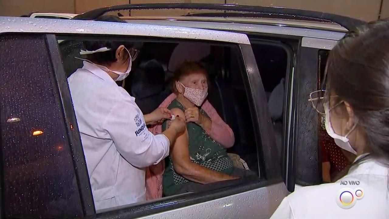 Jundiaí retoma vacinação de idosos contra Covid com doses restantes do último lote