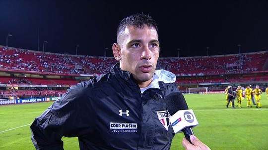 Diego Souza parabeniza grupo pela vitória e segundo lugar no Brasileirão