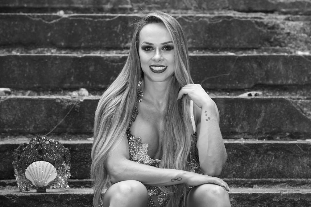 Renata Spallicci é musa de bateria da Acadêmicos de Tatuapé  — Foto: Celso Tavares/G1