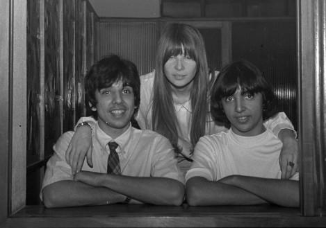 Rita Lee com Sérgio Dias e Arnaldo Baptista ainda na época dos Mutantes, em 1968