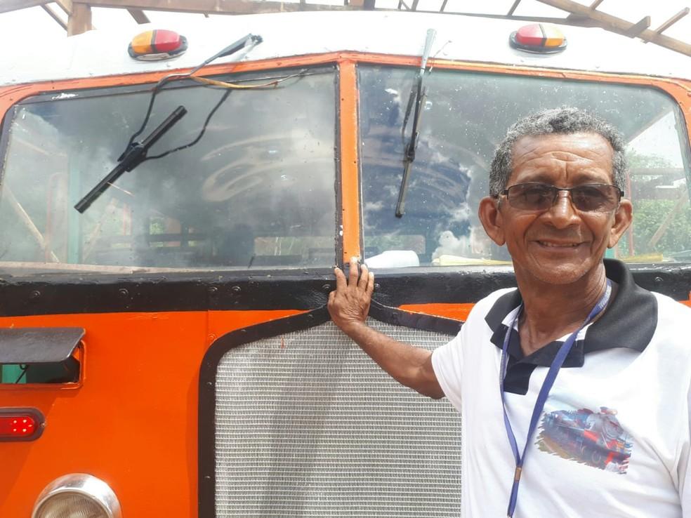Antônio Moisés é condutor da litorina em Porto Velho  — Foto: Ana Kézia Gomes/G1