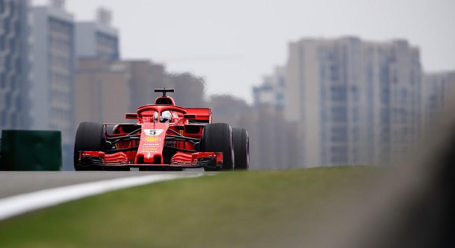 Vettel não esperava vantagem tão grande da Ferrari sobre a Mercedes