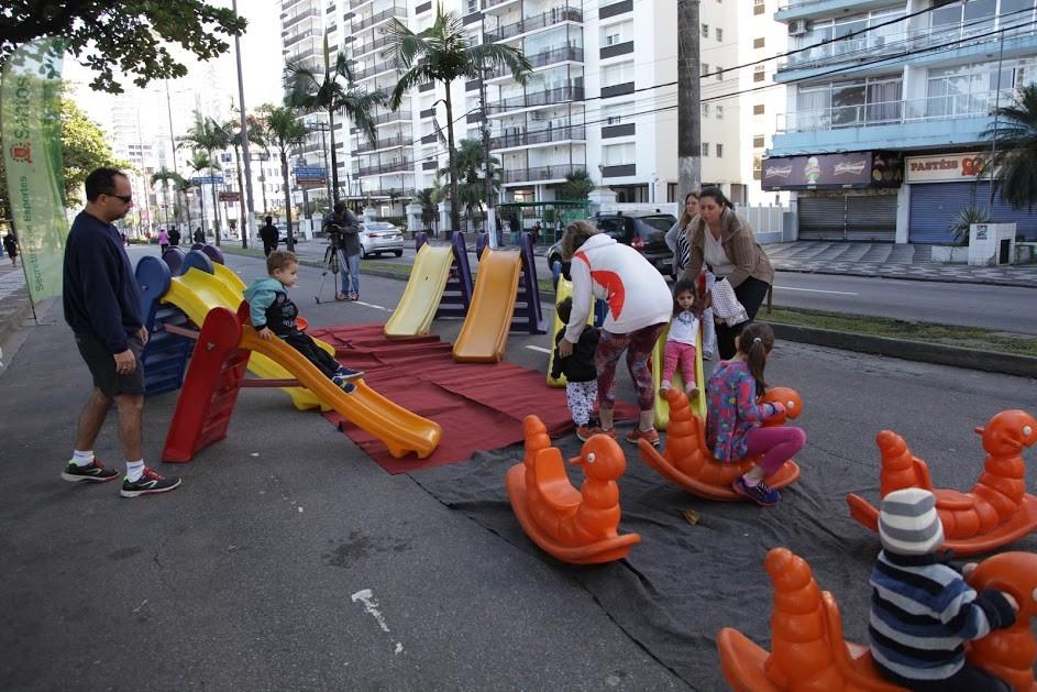 Eventos mudam o trânsito em diversas ruas e avenidas de Santos neste domingo
