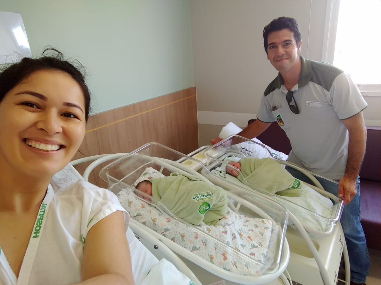 Gêmeas nascem dentro de ambulância do Samu em rodovia de Cascavel - Noticias