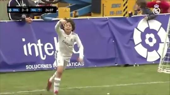 Filho de Marcelo mostra DNA de craque na base do Real Madrid (e na praia) e sonha virar jogador