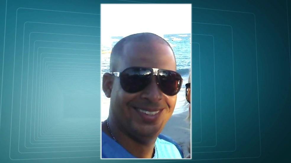 PM foi morto em Padre Miguel, na Zona Oeste do Rio (Foto: Reprodução/TV Globo)