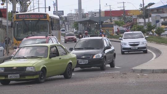'Disque-pileque' recebe 60% de trotes no carnaval em Manaus, diz Detran