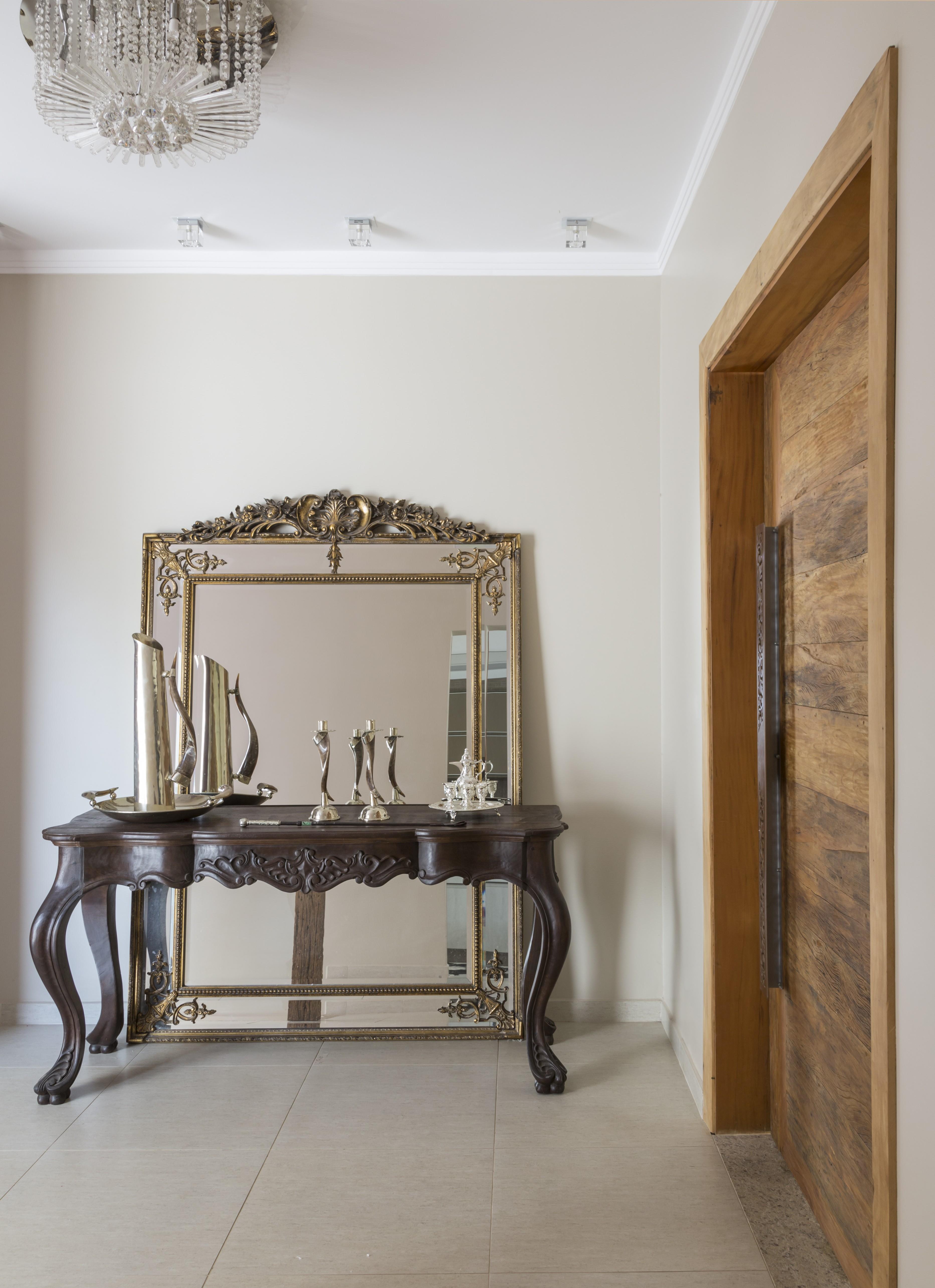 Hall de entrada con espejo: 5 ideas para rediseñar el espacio (Foto: Evelyn Müller)