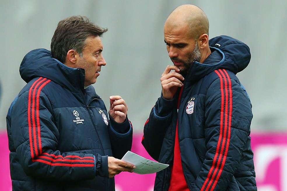 Domènec Torrent e Pep Guardiola no Bayern de Munique: ambos trabalharam juntos entre 2007 e 2018 — Foto: Alex Grimm/Getty Images