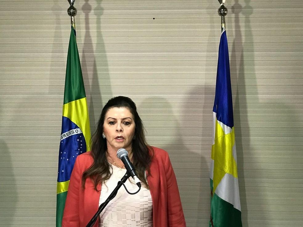 Após reunião, governadora Suely Campos disse em coletiva que encontro foi satisfatório (Foto: Inaê Brandão/G1 RR)