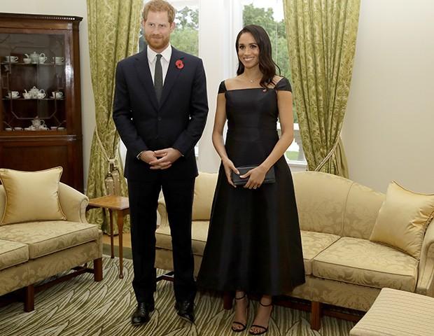 Meghan Markle grávida ao lado do príncipe Harry (Foto: Getty Images)