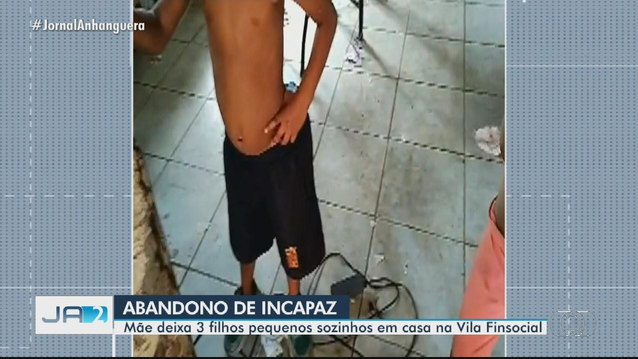 Polícia resgata três crianças em situação de abandono em uma casa, em Goiânia