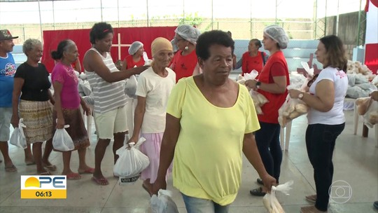 Famílias ganham peixes no interior de Pernambuco