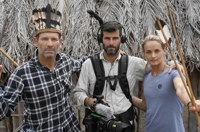 O diretor Rico Faissol (no centro) ao lado de Lena Ribeiro e Américo Pinheiro (Foto: Cesinha Feliciano)