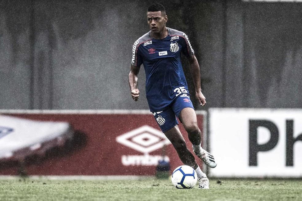 Tailson treina no Santos — Foto: Ivan Storti/Santos FC