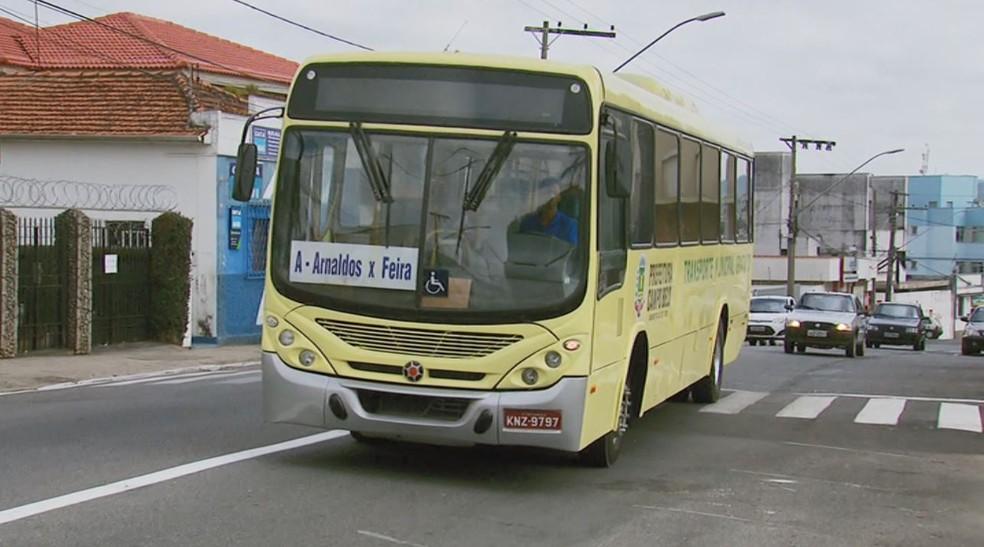 Cooperativa foi contratada para oferecer o transporte coletivo em Campo Belo — Foto: Reprodução EPTV