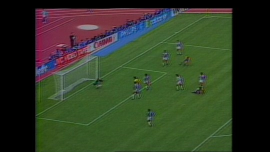 Copa de 1990 teve Taffarel contra atual técnico da Costa Rica como camisa 10
