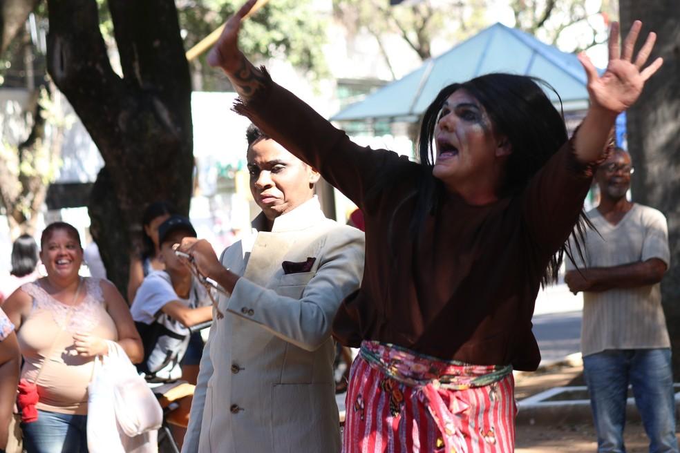 Espetáculo 'O Surto - a Comédia' é uma peça teatral premiada do Coletivo Cara Dupla — Foto: Divulgação/Coletivo Cara Dupla