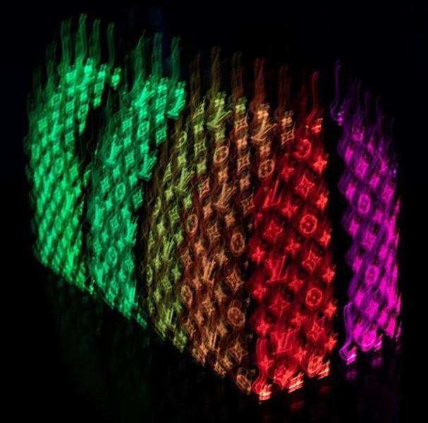 Bolsa que brilha no escuro (Foto: Reprodução Instagram)