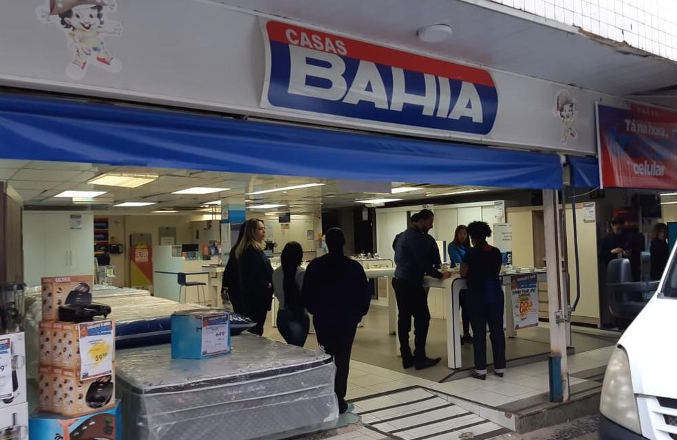 Loja das Casas Bahia foi alvo de arrastão em Campinas. — Foto: Johnny Inselsperger/EPTV