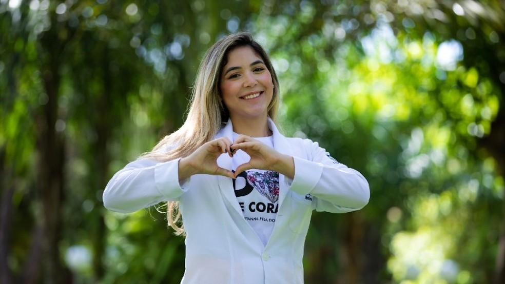 Ingrid Sarmento Guedes é aluna do curso de Medicina e presidente da Liga de Nefrologia Clínica e Transplante Renal (LINETx).— Foto: Ares Soares