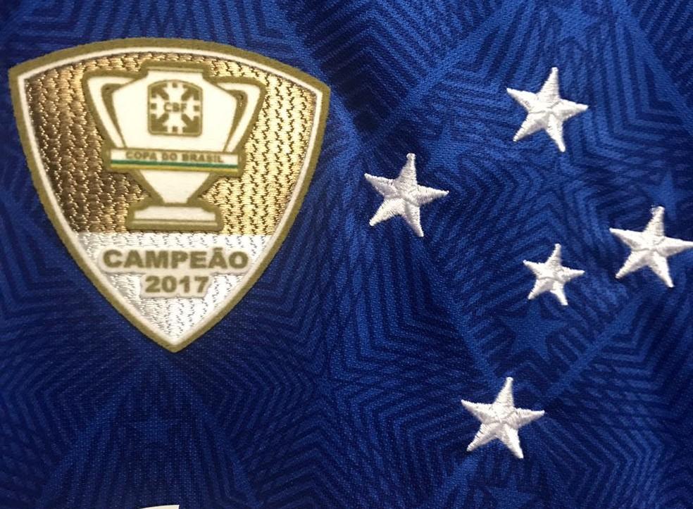 df6d67d12d Mudança no patrocínio e demora tática  camisa 3 do Cruzeiro tem data ...
