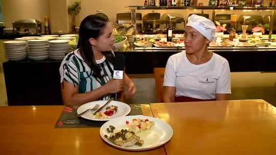 Aprenda a preparar uma receita de pescada amarela na brasa com molho de alcaparras e legumes salteados