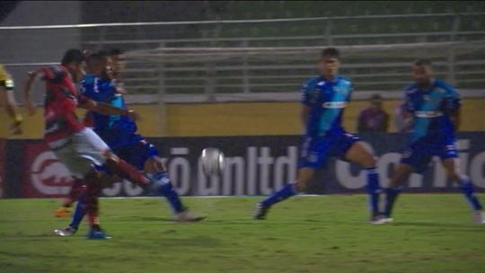 Quatro derrotas seguidas e 13 gols sofridos: Ponte amarga freguesia para Atlético-GO