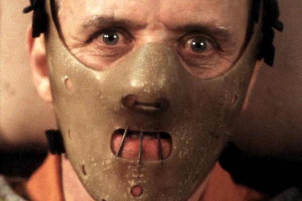 O ator Anthony Hopkins em cena de O Silêncio dos Inocentes (1991) (Foto: Reprodução)