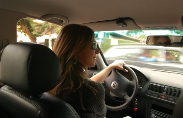 Em 2017, apenas 6,4% dos condutores envolvidos em acidentes de trânsito foram do sexo feminino, contra 93,1% do sexo masculino (Foto: Andre Vieira/Getty Images)