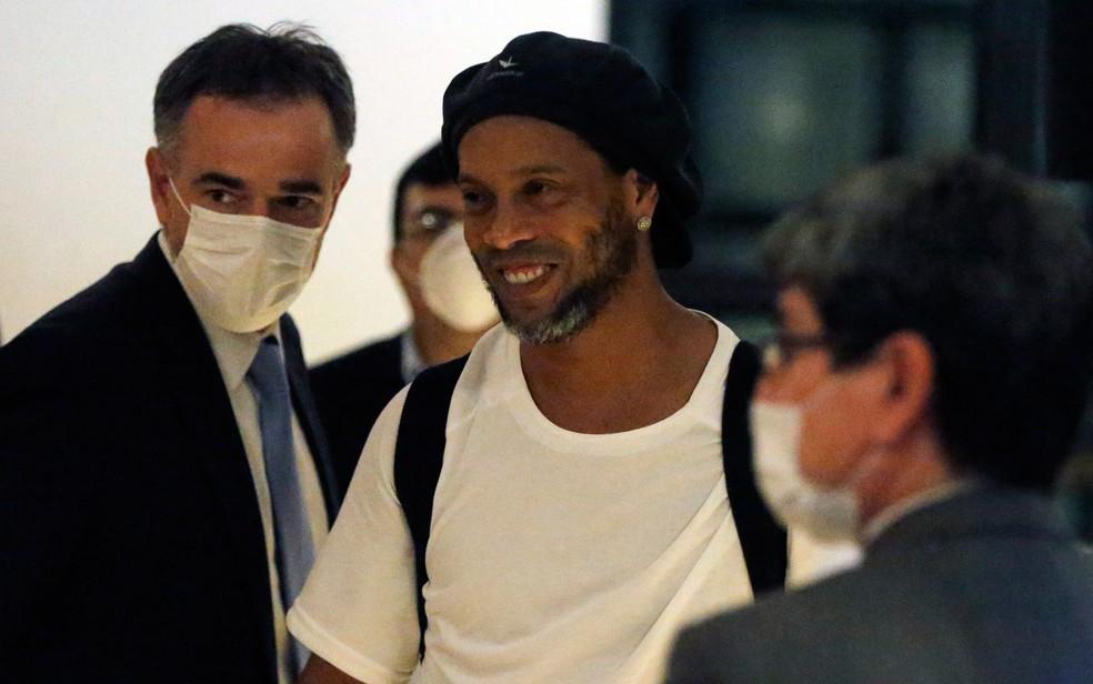 Ronaldinho Gaúcho foi preso em 6 de março de 2020 — Foto: Jorge Saenz/AP